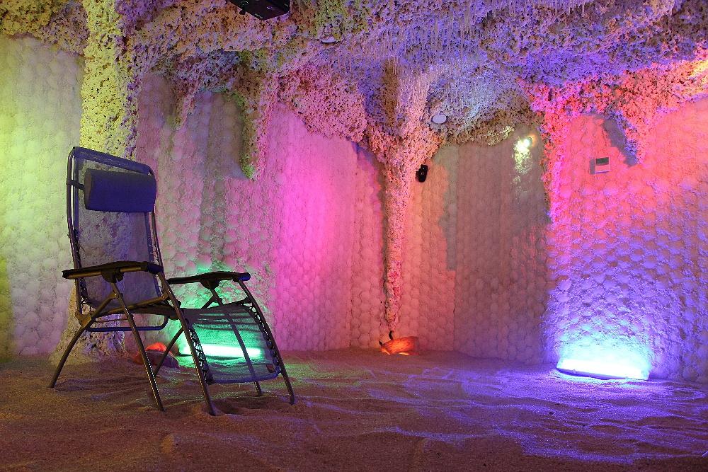 Výsledek obrázku pro solná jeskyně barvířská